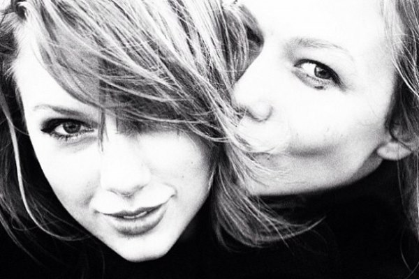 WTFSG_karlie-kloss-taylor-swift-friendship