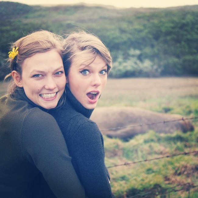 WTFSG_karlie-kloss-taylor-swifts-road-trip-photos_5