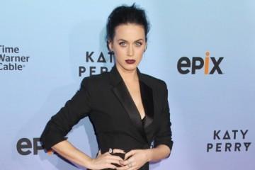 WTFSG_katy-perry-balenciaga-tuxedo-dress