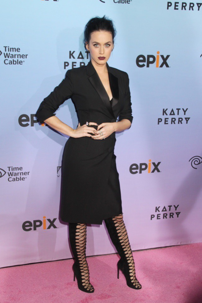 WTFSG_katy-perry-balenciaga-tuxedo-dress_1