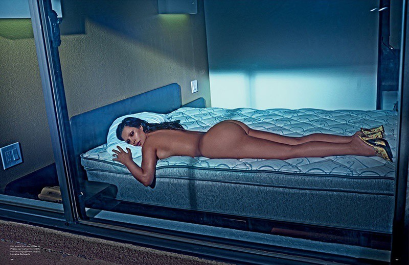 WTFSG_kim-kardashian-naked-love-magazine_3