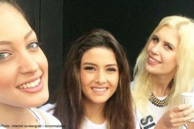 WTFSG_miss-lebanon-selfie-miss-israel