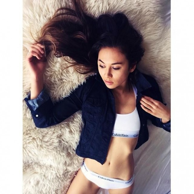 WTFSG_mycalvins-instagram-campaign_Rumi-Neely