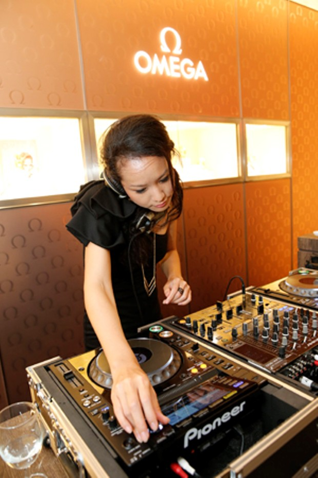 WTFSG_omega-seamaster-300-collection-lounge-party_DJ-Amanda-Ling