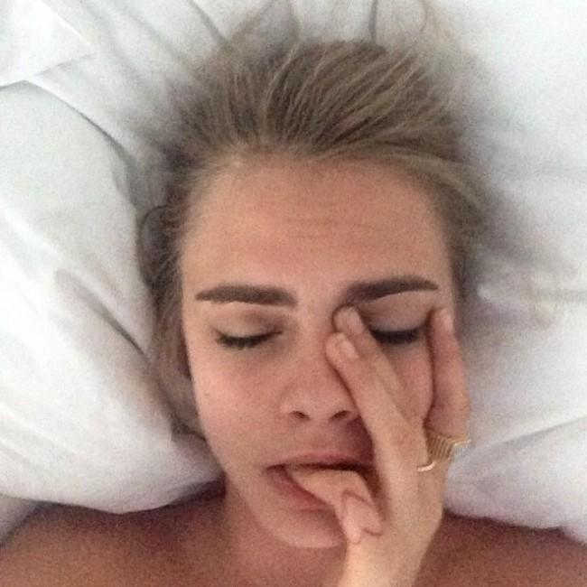 WTFSG_cara-delevingne-no-makeup
