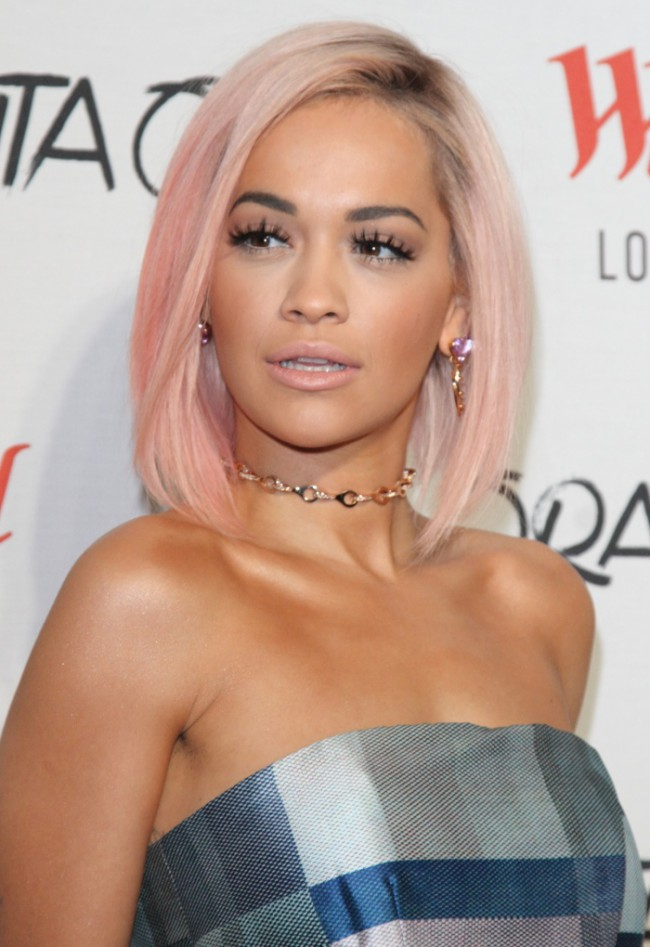 WTFSG_celebrities-stars-with-pink-hair_rita-ora