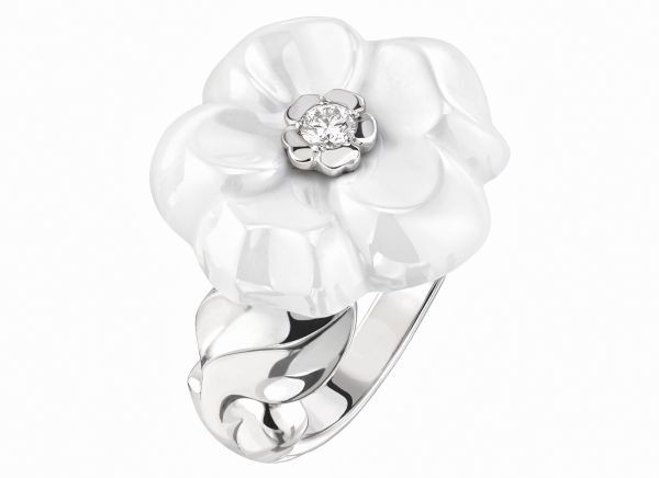WTFSG_chanel-camelia-galbe-fine-jewelry-collection_1