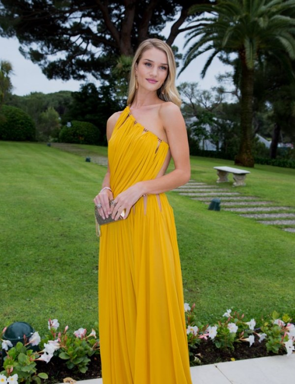 WTFSG_cinema-against-aids-cannes-gala-2014_Rosie-Huntington-Whiteley