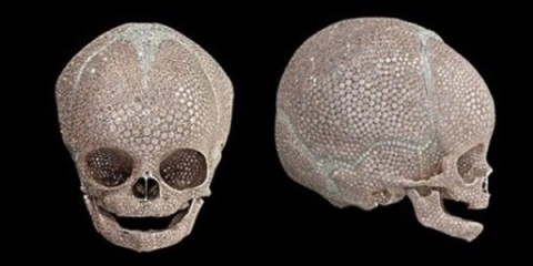 WTFSG_damien-hirst-infant-skull-hong-kong