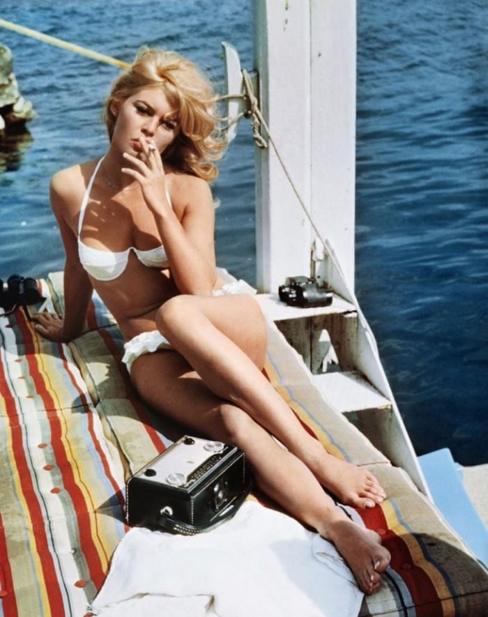WTFSG_famous-bikinis-film_brigitte-bardot-bikini-private-affair