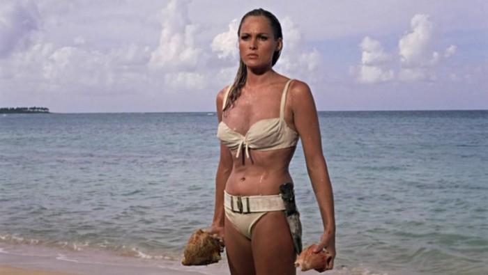 WTFSG_famous-bikinis-film_dr-no-bikini-ursula-andress