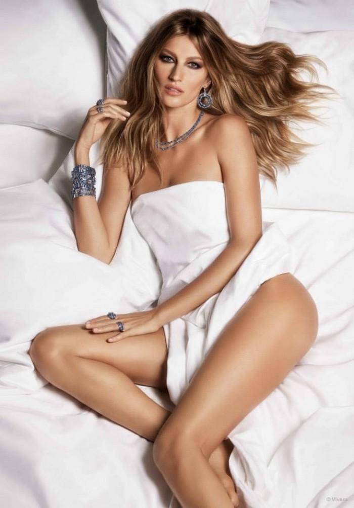 WTFSG_gisele-bundchen-naked-vivara-jewelry_5