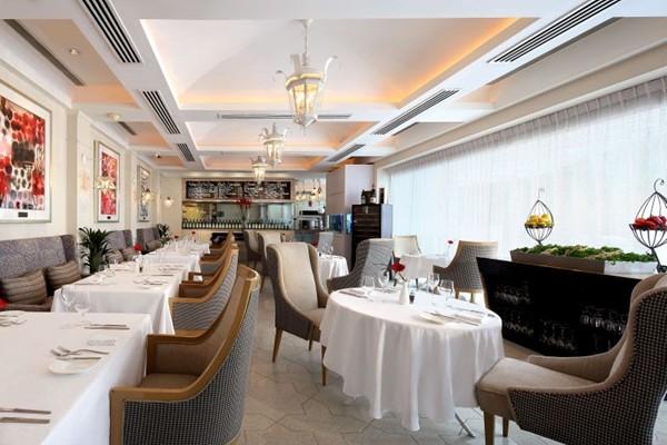 WTFSG_labrezza-ala-carte-menu-chef-luca-moioli_St-Regis-Singapore-restaurant