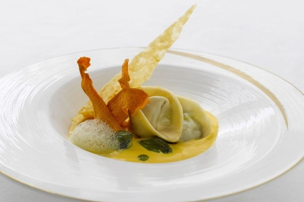 WTFSG_labrezza-ala-carte-menu-chef-luca-moioli_Vellutata-di-Zucca-Ravioli-di-Anatra