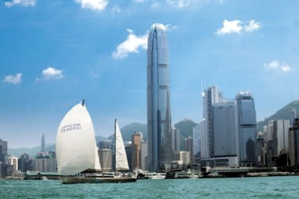 WTFSG_mike-horn-pulls-into-hong-kong-for-panerai_1