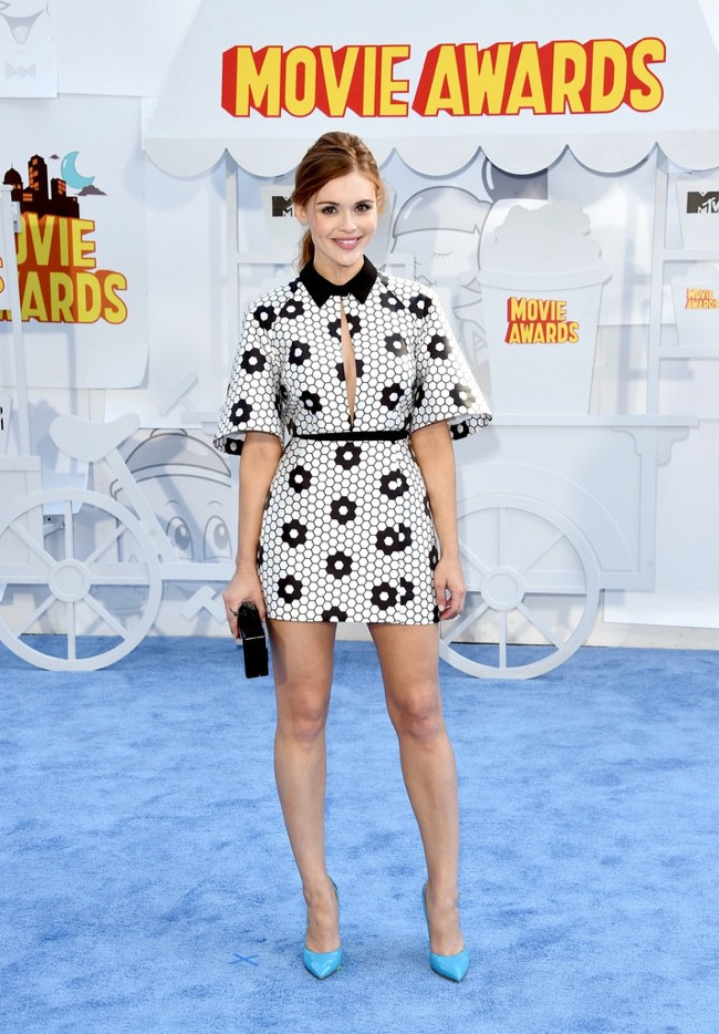 WTFSG_mtv-movie-awards-2015-style_holland-roden