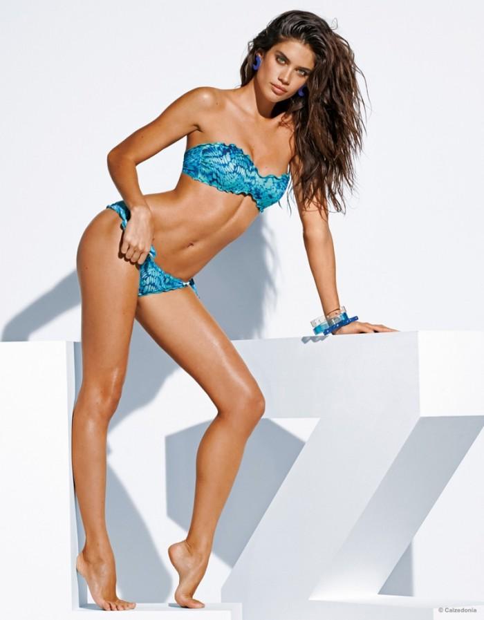 WTFSG_sara-sampaio-calzedonia-swimsuit-2015-bikini_6