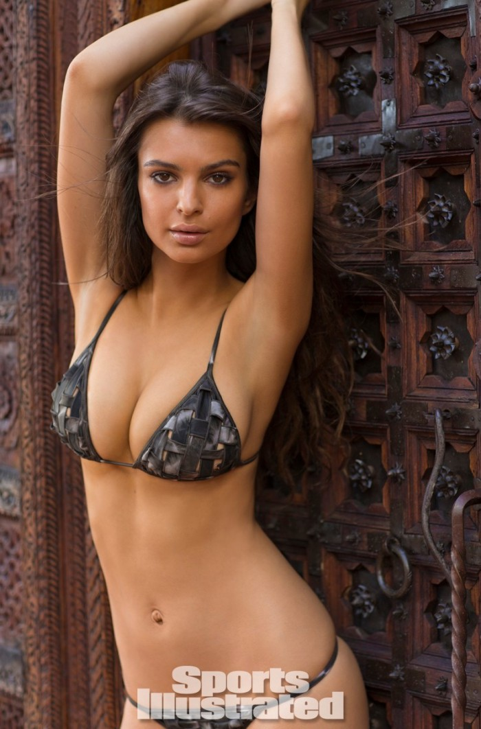 WTFSG_sports-illustrated-rookie-of-the-year-2014_emily-ratajkowski