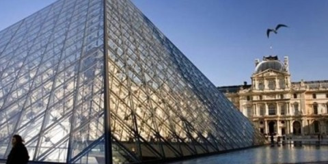 WTFSG_the-louvre-to-open-seven-days-a-week