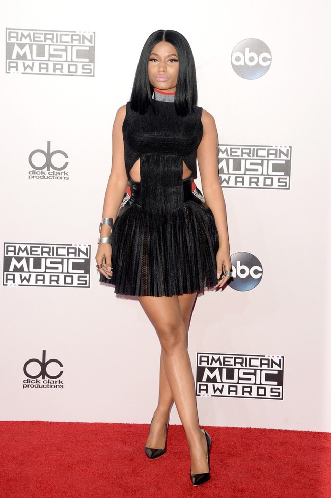 WTFSG_2014-american-music-awards-red-carpet_nicki-minaj-alexander-wang