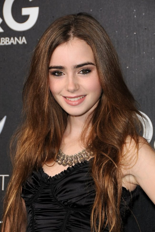 WTFSG_celebrities-daughter_Lily-collins