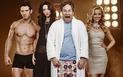 WTFSG_comedycentral-new-original-sitcom-i-live-with-models