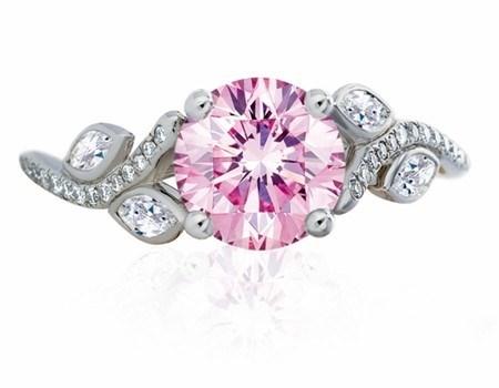 WTFSG_de-beers_adonis-rose-ring-whitegold-pinkdiamond
