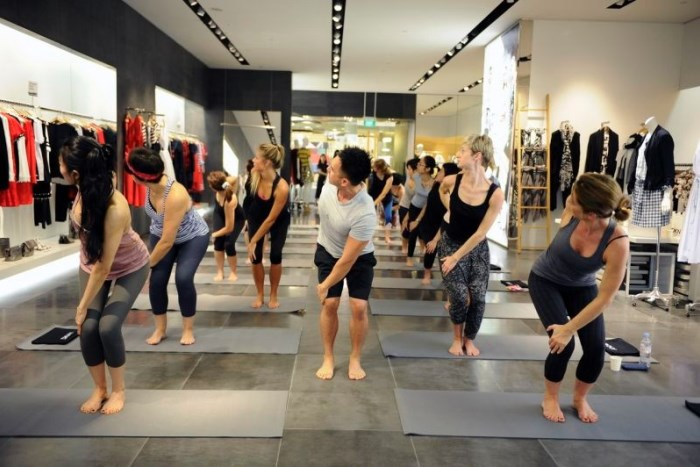 WTFSG_dkny-x-csue-in-store-yoga-event_2
