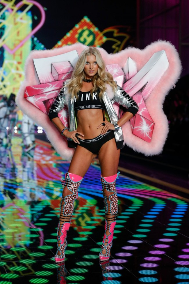 WTFSG_elsa-hosk-victorias-secret-fashion-show-2014