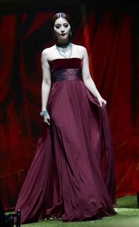 WTFSG_sortilge-de-cartier-the-magic-of-the-stones-gala-bash_Fan-Bingbing-dress