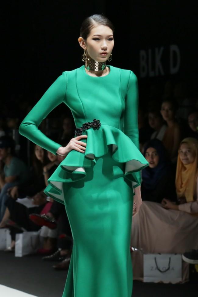 WTFSG_2015-singapore-fashion-week-zalora-fiziwoo_9