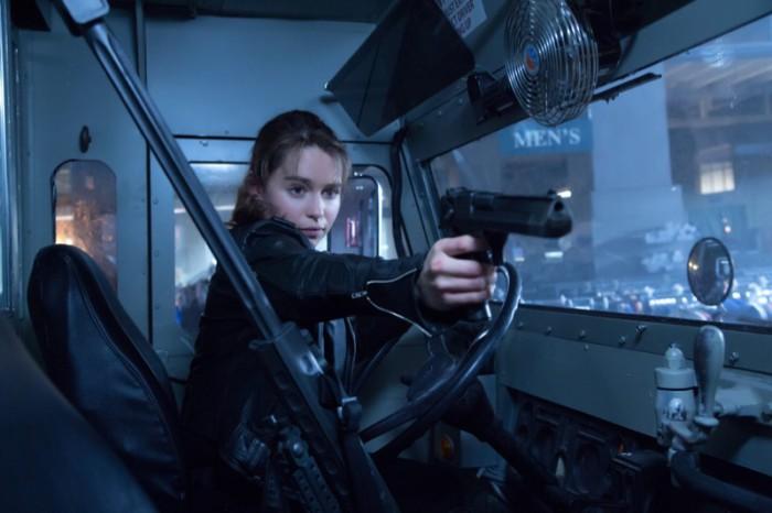 WTFSG_Emilia-Clarke-Terminator-Genisys-Gun