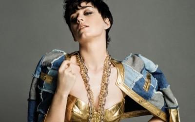 WTFSG_Katy-Perry-Moschino-2015-Fall