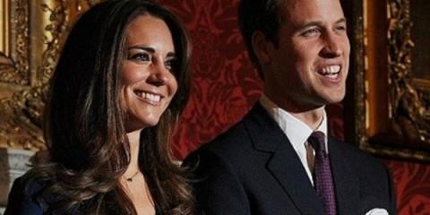 WTFSG_gold-invitations-royal-wedding