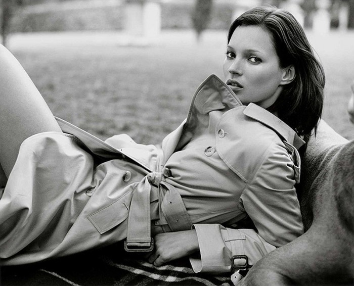 WTFSG_kate-moss-burberry-trench-coat-1999