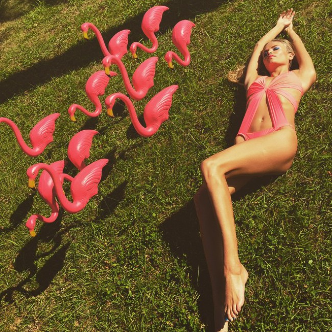 WTFSG_natasha-poly-loreal-paris_Pink-Swimsuit