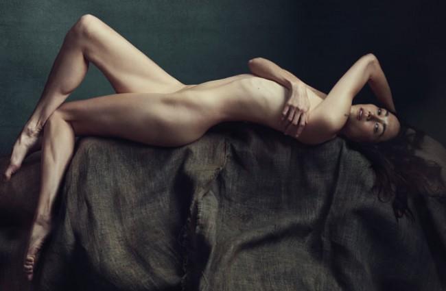 WTFSG_sandrine-holt-naked-allure-may-2015