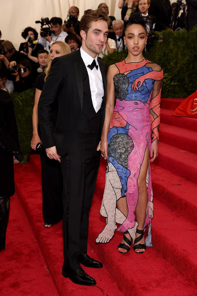 WTFSG_2015-met-gala-red-carpet-style_fka-twigs
