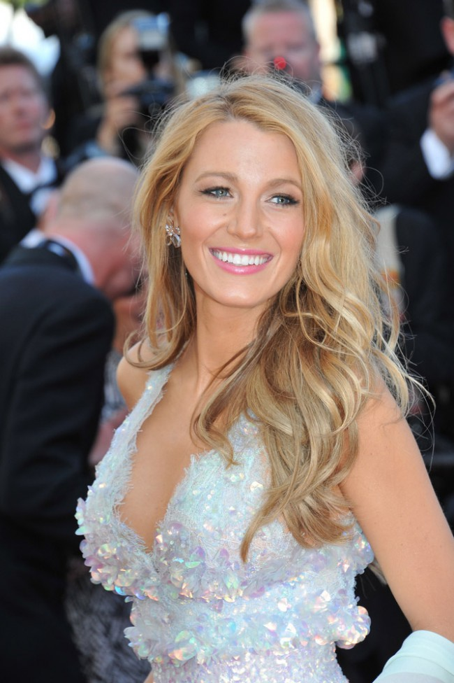 WTFSG_Blake-Lively-Blonde-Hair