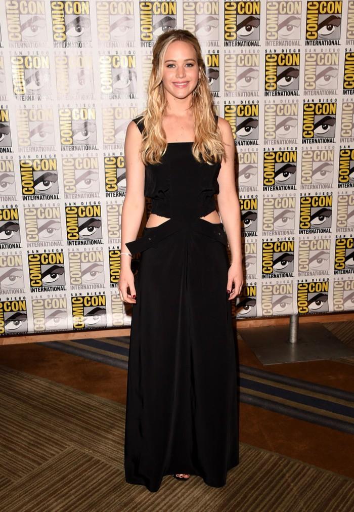WTFSG_Jennifer-Lawrence-Black-Cut-Out-Louis-Vuitton-Dress_1