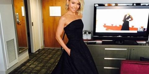 WTFSG_Kelly-Ripa-blonde-hair-black-dress