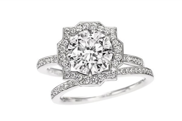 WTFSG_guide-how-to-buy-a-diamond-engagement-ring_Harry-Winston_Belle-matching-band-ring