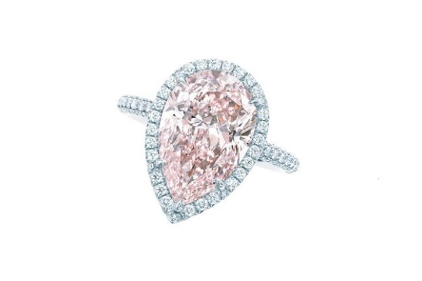 WTFSG_guide-how-to-buy-a-diamond-engagement-ring_Tiffany-Co_pink-diamond