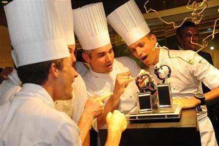 WTFSG_hublot-philippe-rochat-debut-big-bang-black-caviar-singapore_4