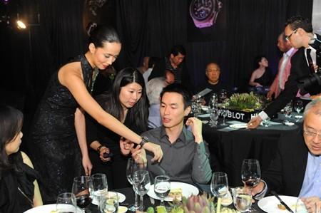 WTFSG_hublot-philippe-rochat-debut-big-bang-black-caviar-singapore_8