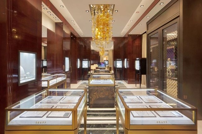 WTFSG_shenyang-welcomes-its-very-own-graff-diamonds-store_1