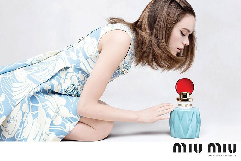 WTFSG_stacy-martin-miu-miu-fragrance