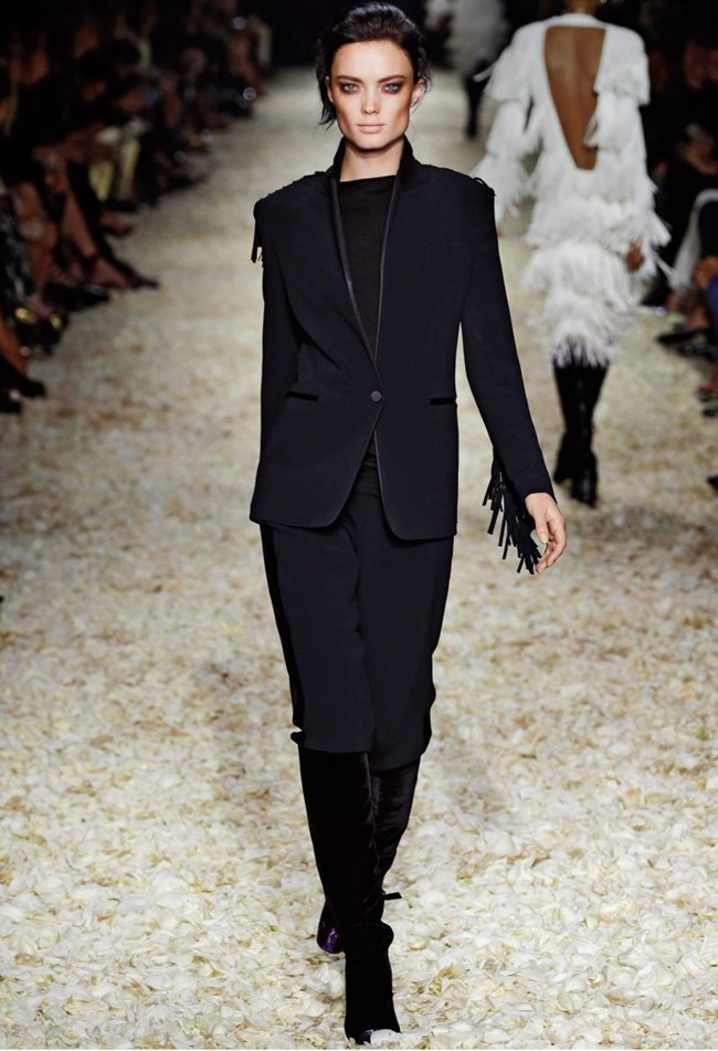 WTFSG_tom-ford-women-fall-winter-2015_7