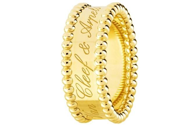 WTFSG_van-cleef-arpels-perlee-collection-yellow-gold_6