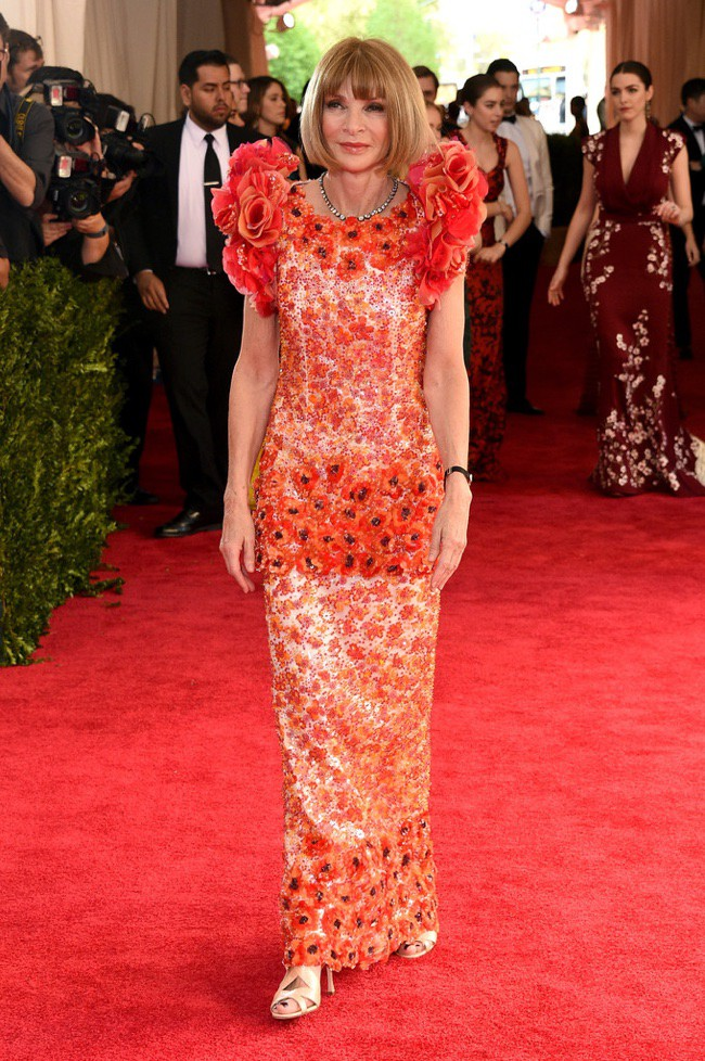 WTFSG_2015-met-gala-red-carpet-style_anna-wintour
